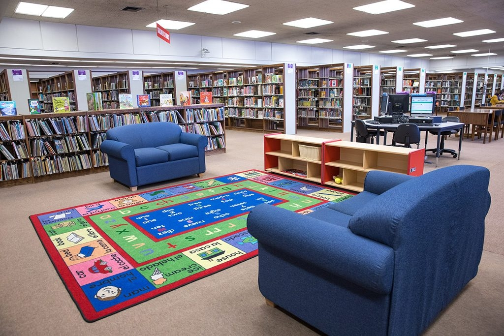 Hawthorne Library Children's Area