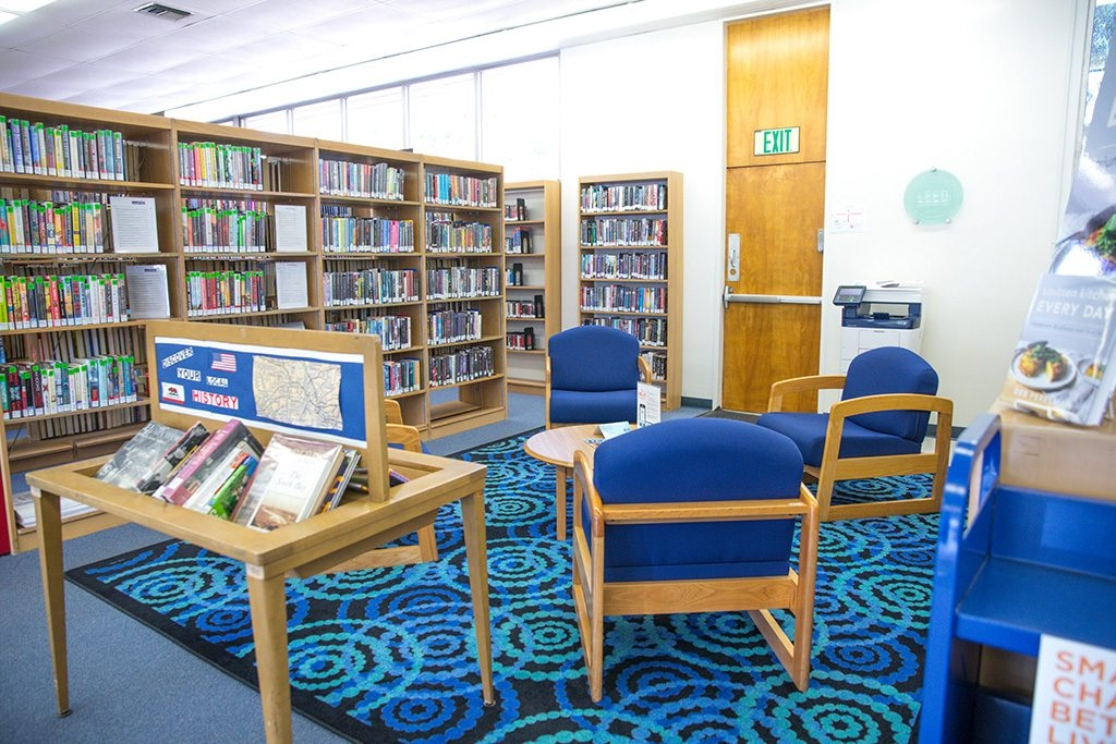 Wiseburn Library Reading Area